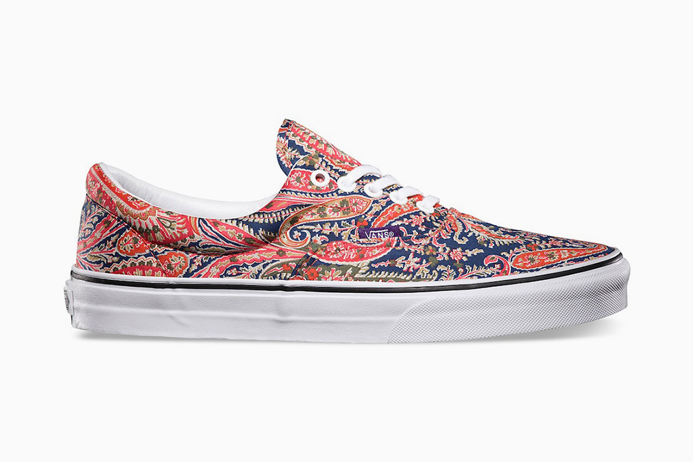 how to become a vans retailer