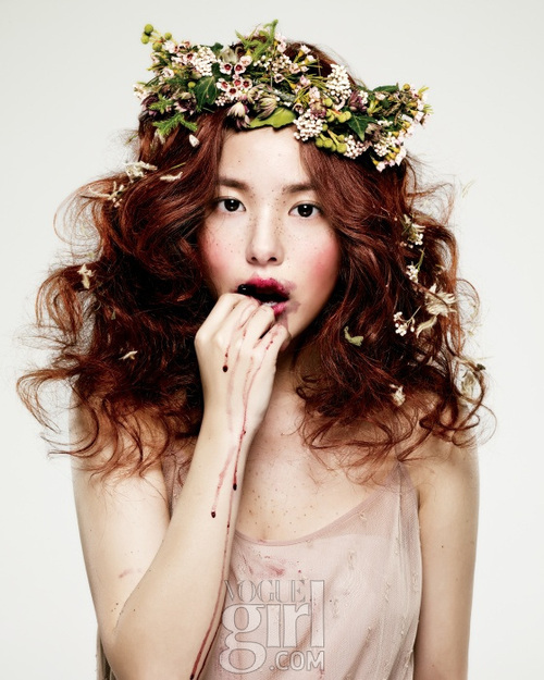 beauty-editorial-fashion-flowers-korea-Favim.com-160714_large