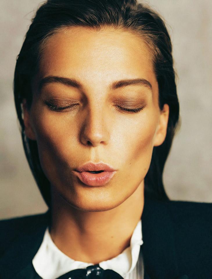 Daria-Werbowy-Madame-Figaro-Nico-10